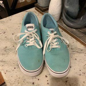 Vans Men's Light Blue Classic Laced Sneaker (flaw)